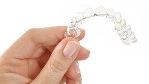 ¿Cuánto cuesta Invisalign? - Clínica dental Stoma en Móstoles y Alcorcón - 2